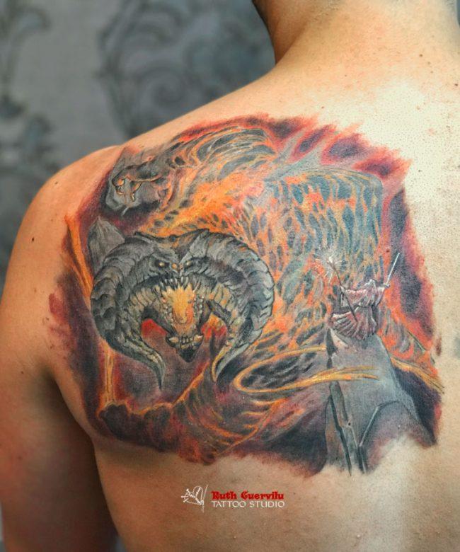 Tatuaje Gandalf Balrog - ruth cuervilu tattoo - km13 studio - estudio de tatuajes en Erandio Bizkaia Astrabudua